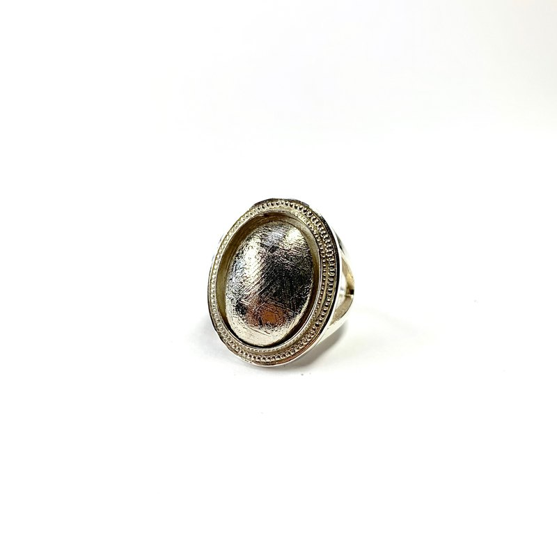 Meteorite silver Ring / Gemstone / Gibeon silver ring / Oval cut 18 × 13 mm / Made in japan
