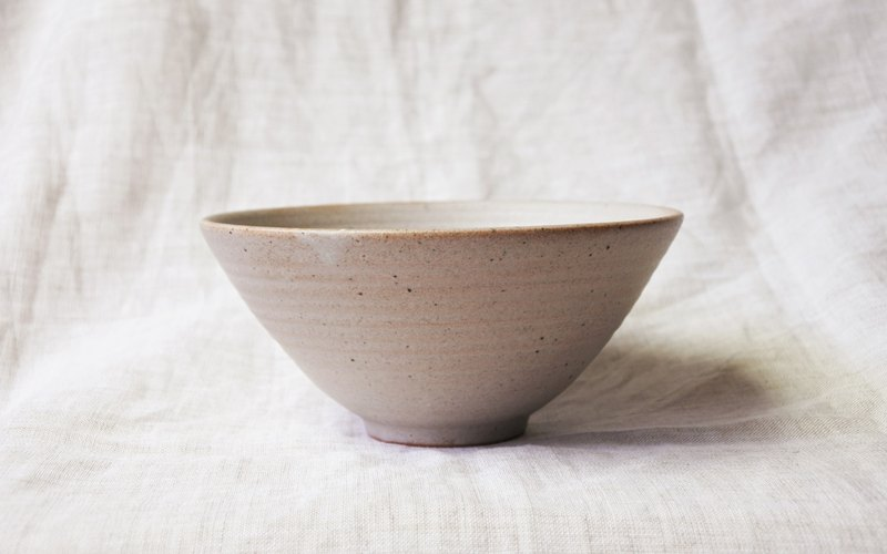 White glaze spotted small bowl
