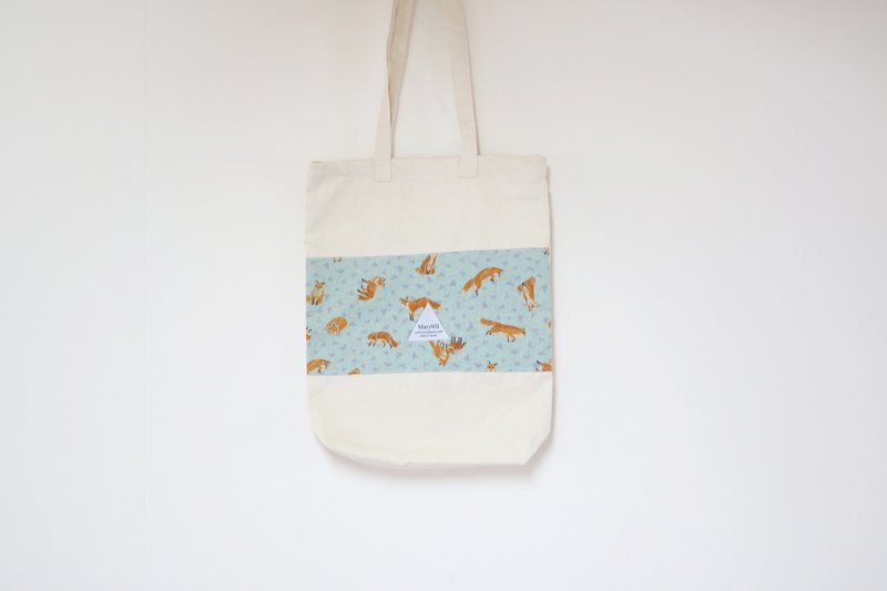 MaryWil your lucky color stitching canvas bag - a small fox