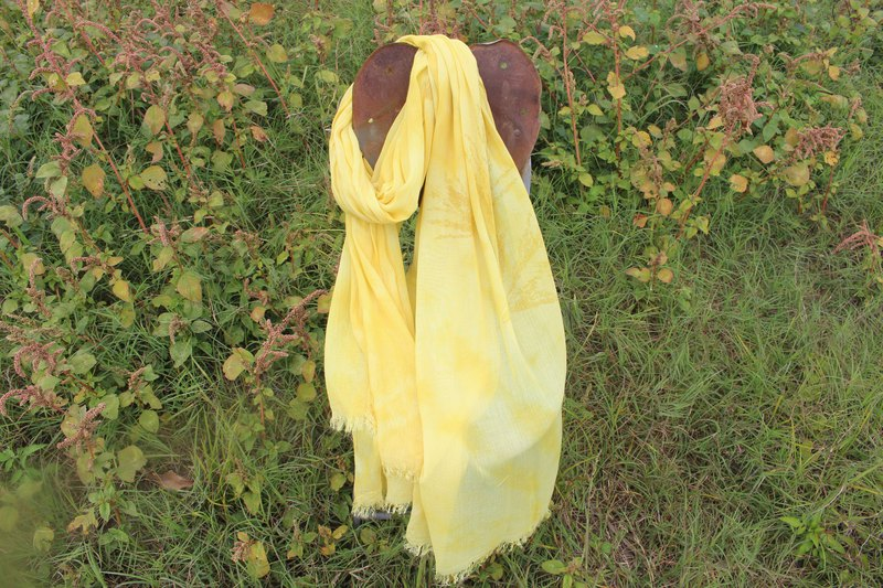 Dyeing pure cotton with pure cotton and cotton halo scarf with pure isvara