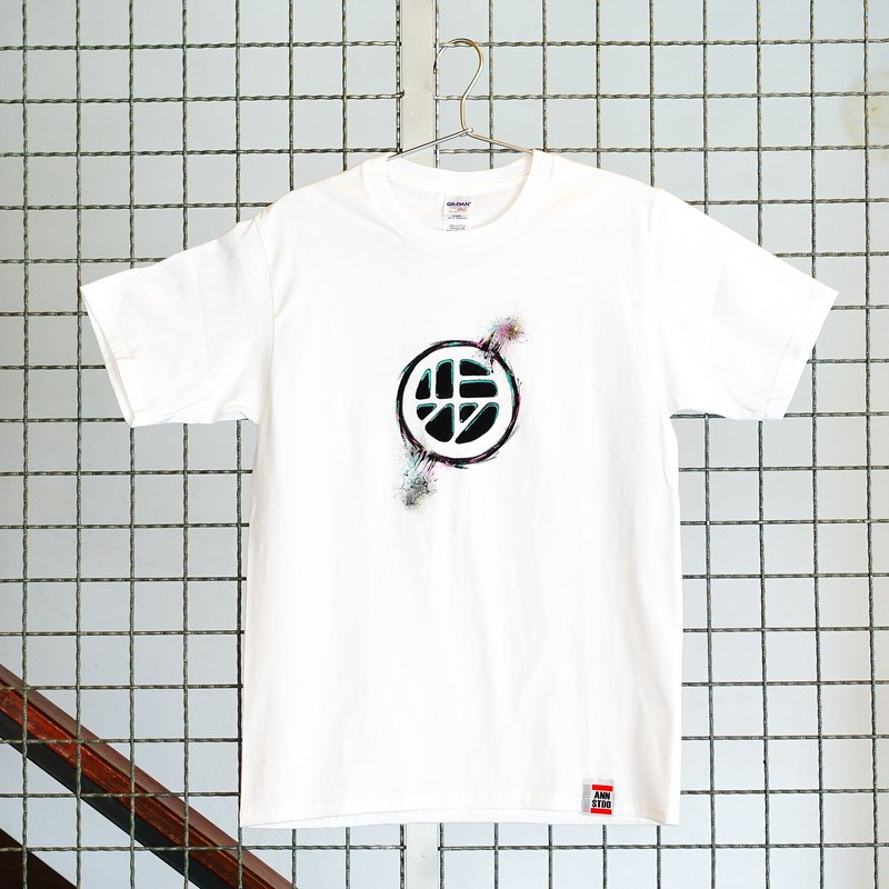 [Joint series | walking program X Annstudio] Logo hand-painted T - Urban Swirl (white)