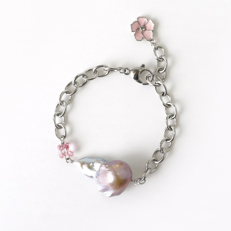 High Quality Baroque Pearl Statement Bracelet // June Birthstone Jewelry