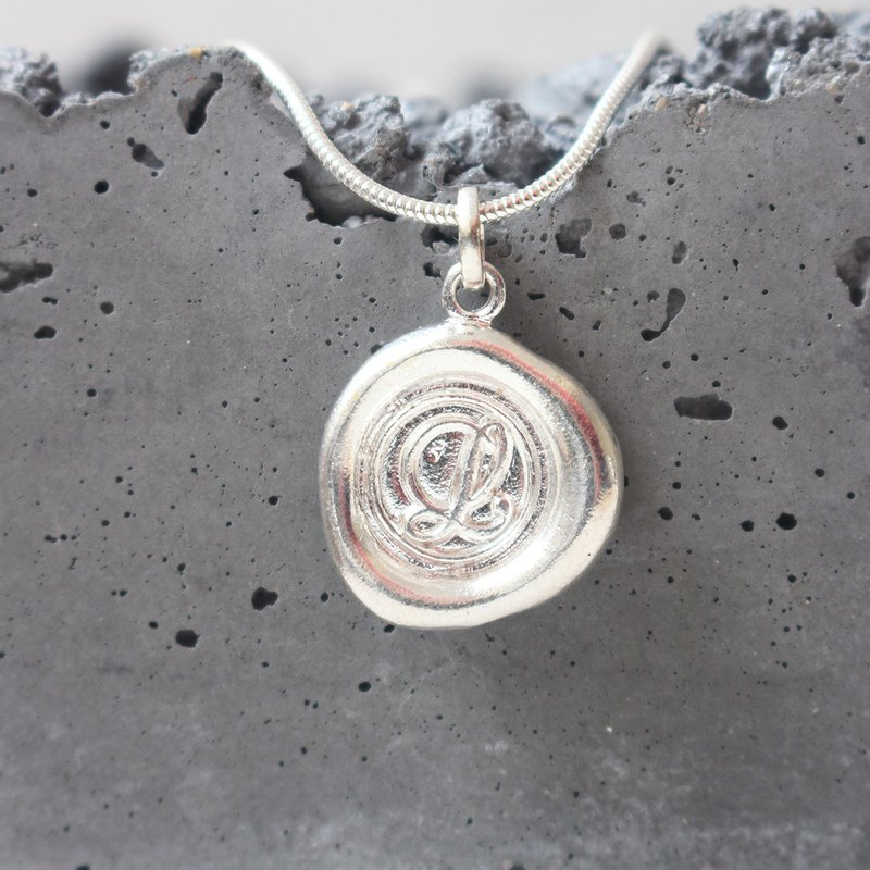 Initial Monogram L / Make a Mark Personalised 925 Silver Wax Seal Necklace