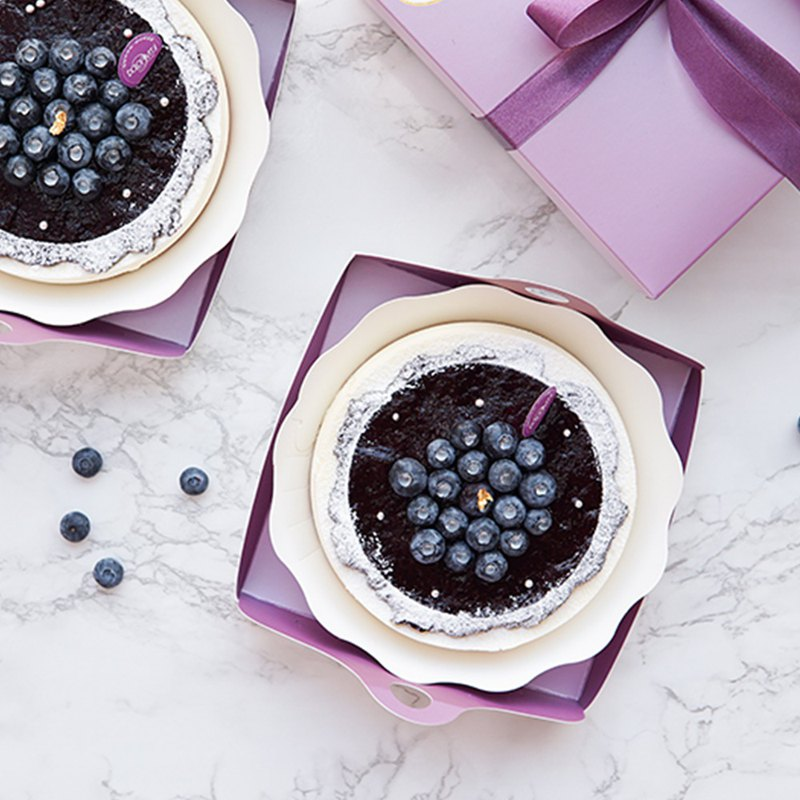 Mulled mousse | blueberry heavy cheese