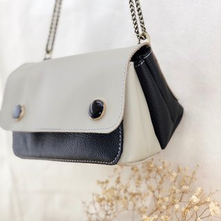 Playful contrast - shoulder bag / pouch / daily