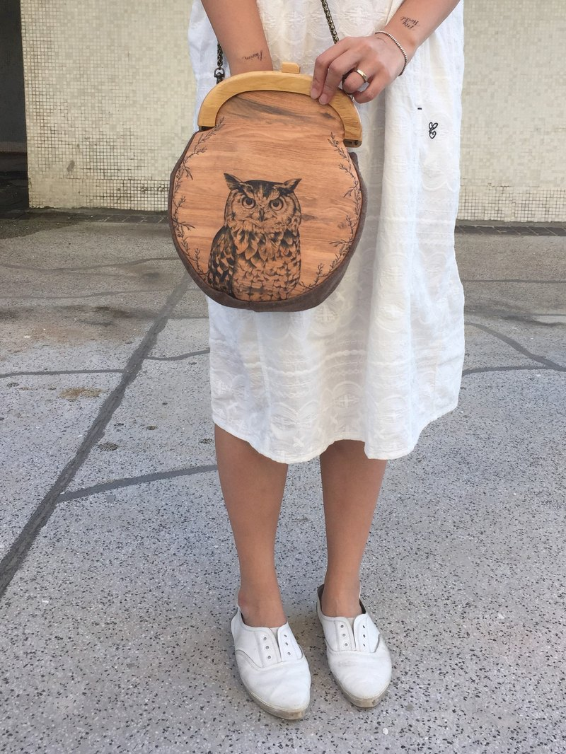 adc | spring bird | wood grain | owl | mouth gold bag | side bag