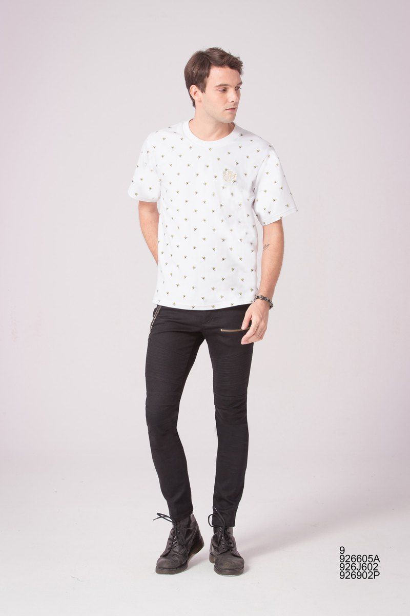 Bee Print Short Sleeve T 926605A
