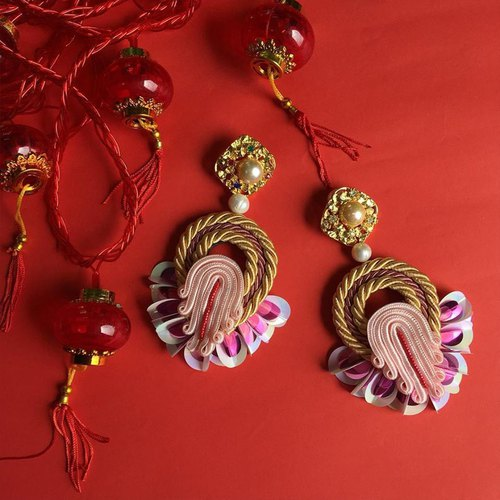 earring : CN boho l red