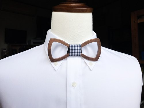 wooden bowtie #flame G check