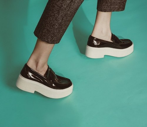 Heavy-bottomed leather minimalist leather soft and comfortable casual shoes black mirror
