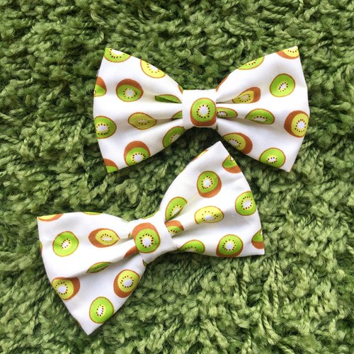 Summer Kiwi Pet Bowtie Collar - Tropical Handmade Dog and Cat Bowtie