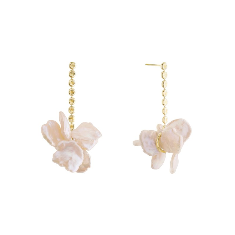 Golden Pearl Flower Cluster Earrings Pearl Flower Drop Gold