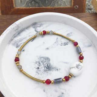 Natural semi-precious stone brass bracelet white turquoise / red horse brain / gray moonlight
