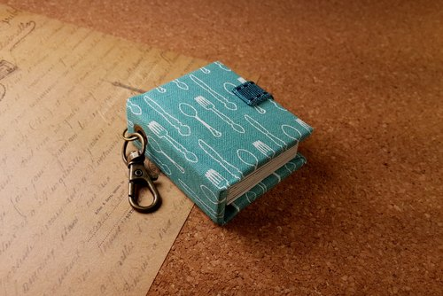 【Go to the picnic】 mini small phase key ring 5cmX4.3cm-guest small things
