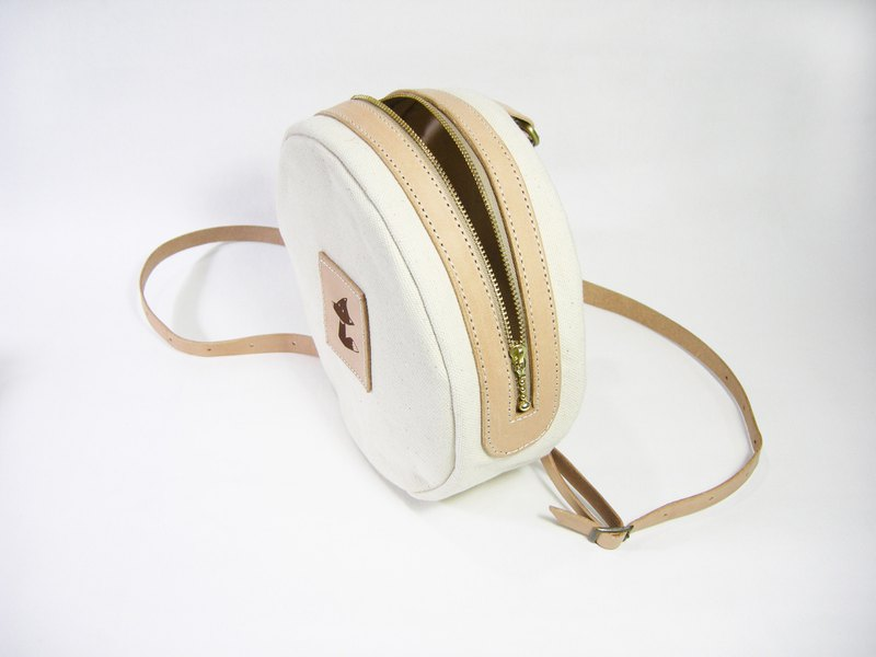 Canvas bag with round bag (canvas) __made as zuo zuo hand zipper bag