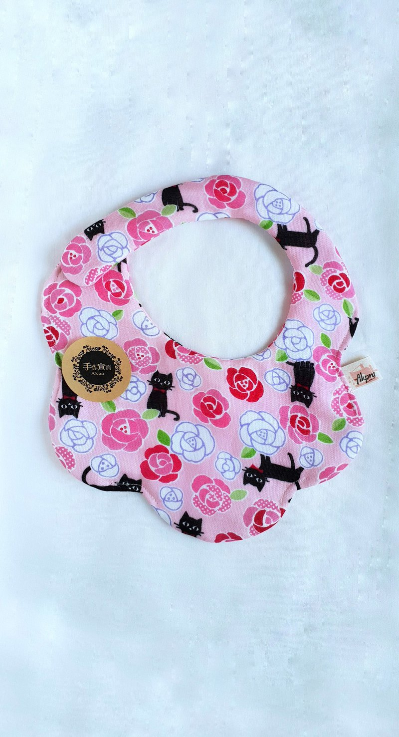 Rose cat-eight layers of yarn 100% cotton double-sided bib. Saliva towel