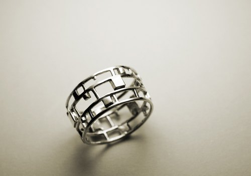 Small Square Openwork Silver Ring