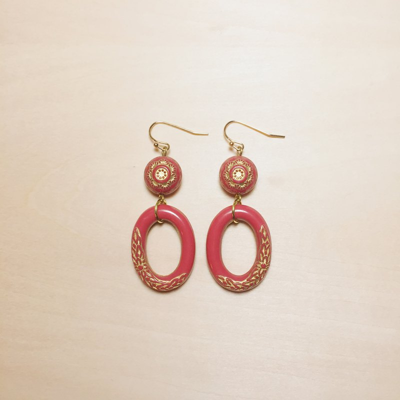 Vintage red carved oval earrings