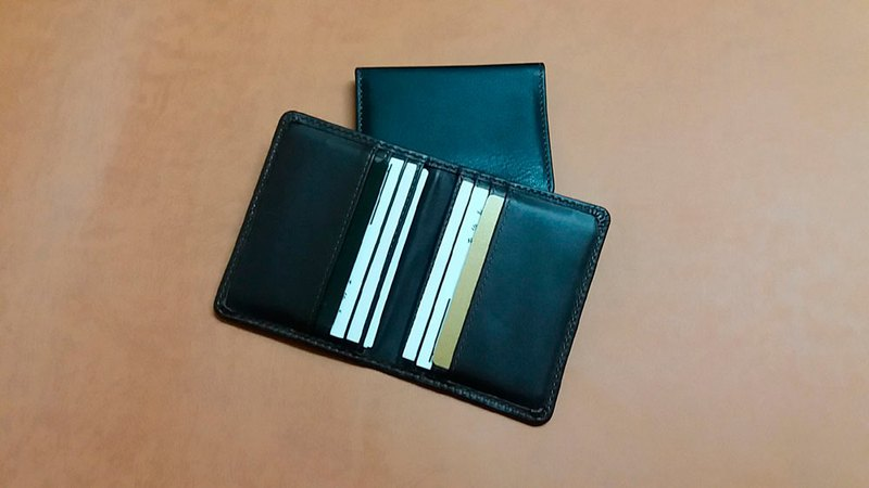 Split business card holder. Credit card set