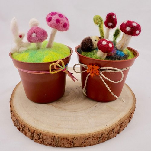 Wool felt potted plants - mushrooms and hedgehogs / mushrooms and white rabbits