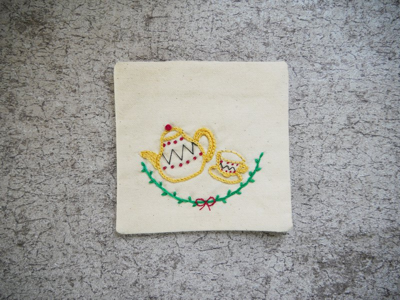 Teapot cup hand-embroidered coaster