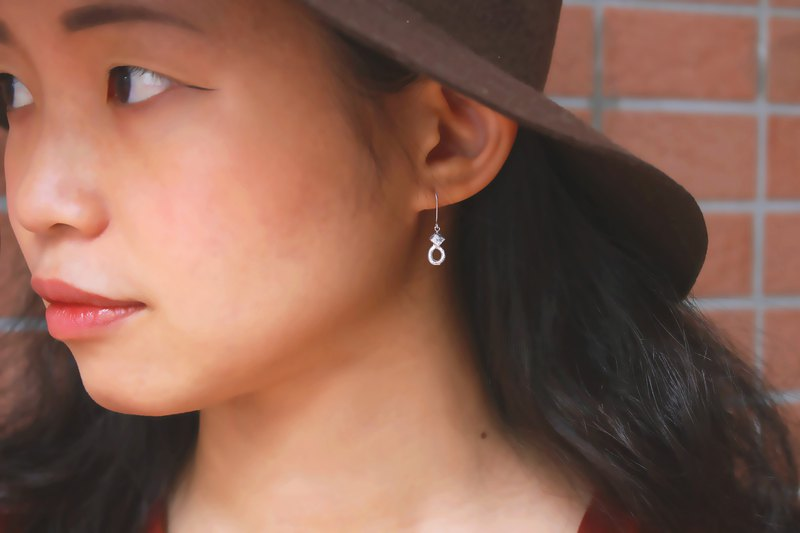 [PICK & COLLECT] Designer S-Melting Series-Handmade Sterling Silver Geometric Earrings-A Pair Sold