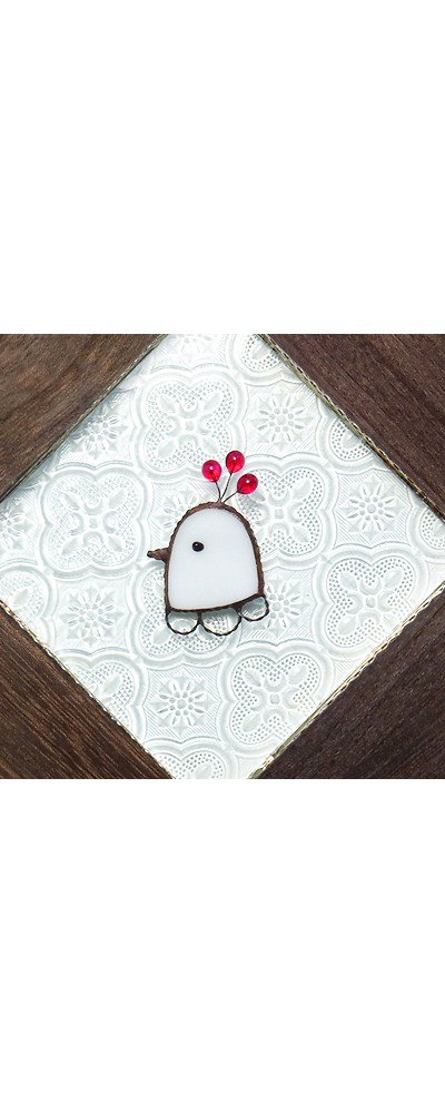 Bird brooch (with decorative feathers) HATO white