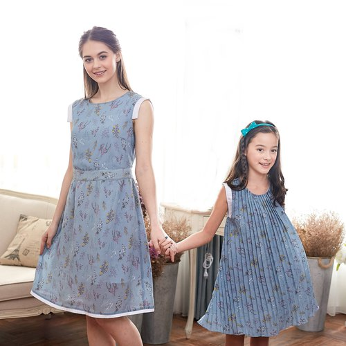 (Mommy & Me) Blue Floral Dress (set of 2)