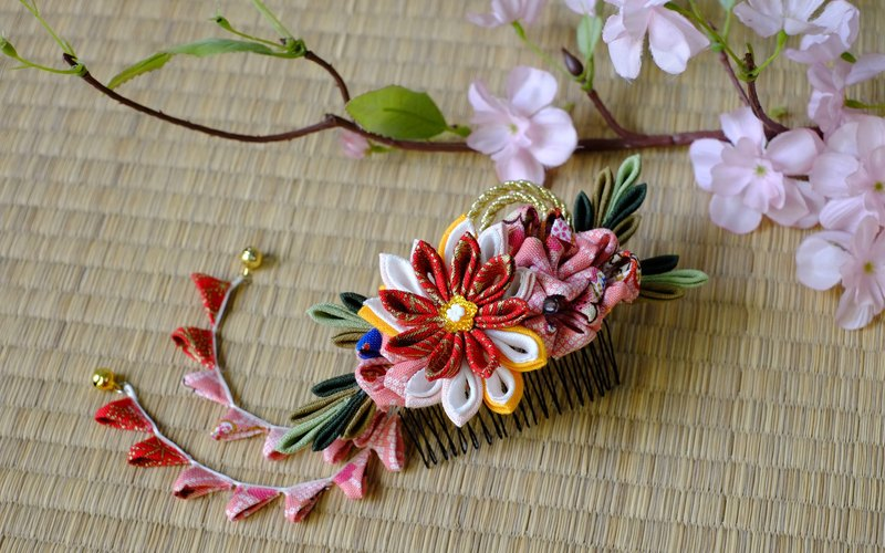 Hana Saku [ma mi-zu] fretwork and flowers. Bloom | Pink wind flower hairpin Department of Japanese kimono fabric flower hair ornaments handmade creation