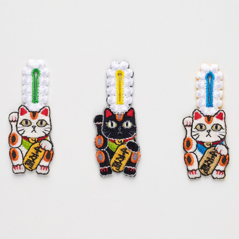 button hook 招き猫 lucky cat