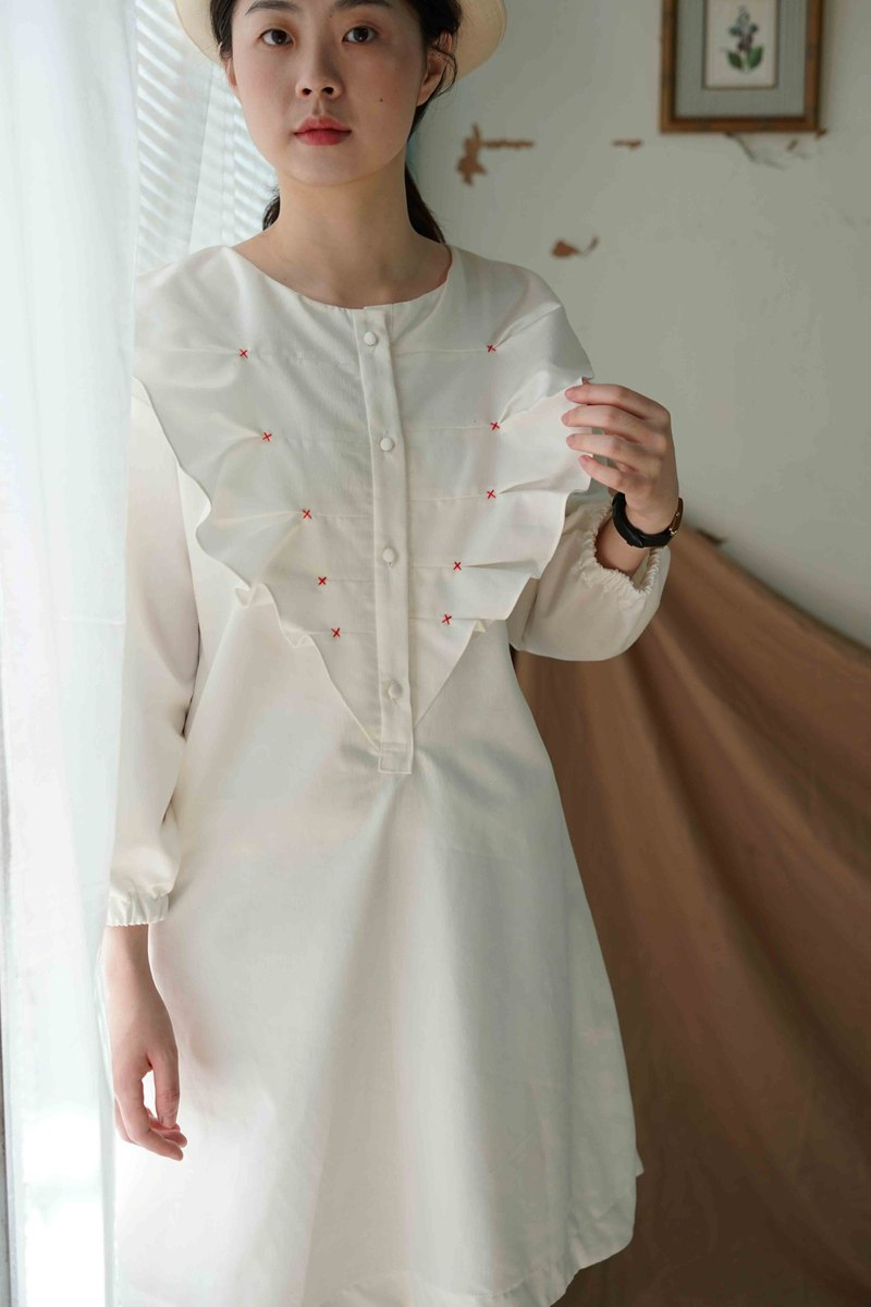 White collection hand made - fairy pure white wave collar red line girl long sleeve dress