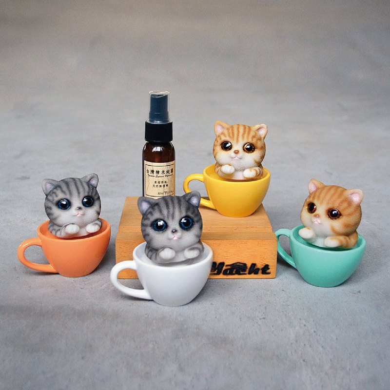 Shaking head cat cup cup wood mobile phone holder (send limited amount of eucalyptus pure dew)