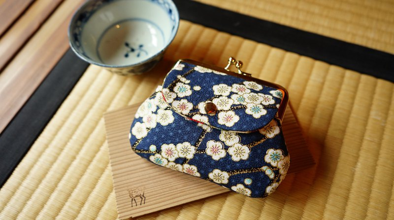 Hefeng Shen Jin Xiaomei pattern pocket bag