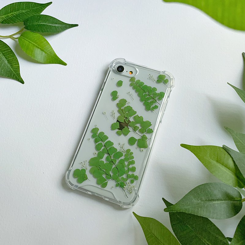 Leafy Trace - pressed flower phone case