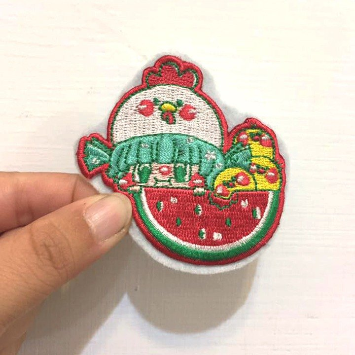 Dog clip star / original embroidery pin / watermelon girl