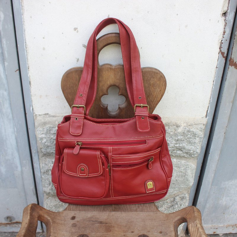 Vintage Italian ELIOX Red Shoulder Bag (Birthday Gift / Christmas Gift / Exchange Gift)