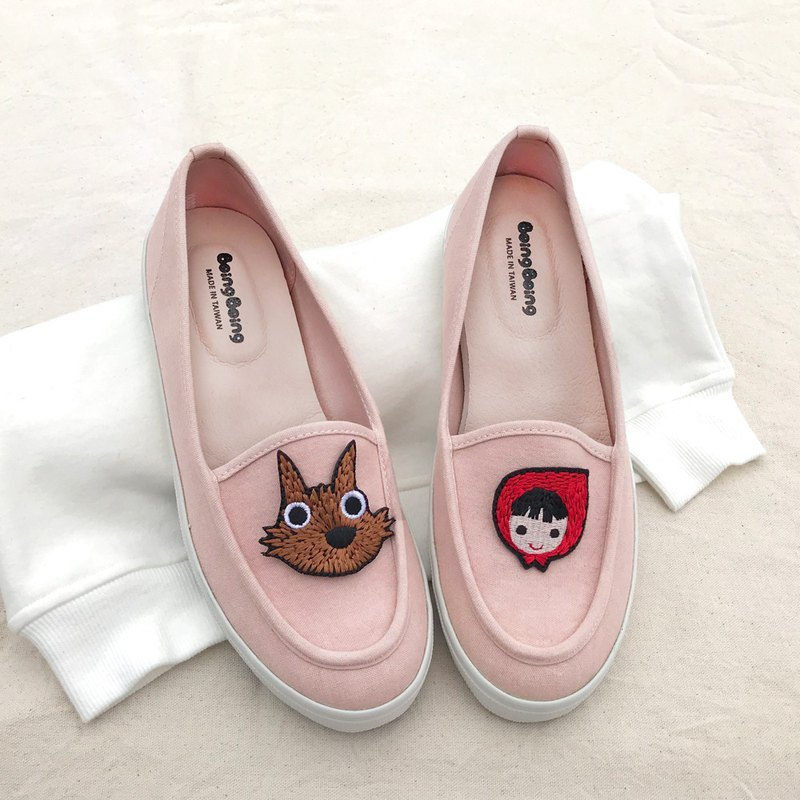 Parent-child Lok Fu shoes, bamboo embroidered Little Red Riding Hood and Big Wolf - pink women's shoes (adult)