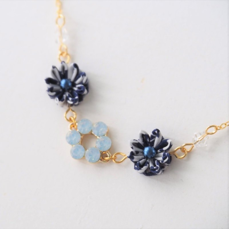 Elegant Navy Fabric Flowers with crystal 16KGP Chain Necklace custom