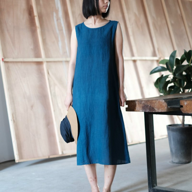 Summer | blue dyed blue minimalist cotton and linen sleeveless round neck dress blue dyed plant dyed fresh dress