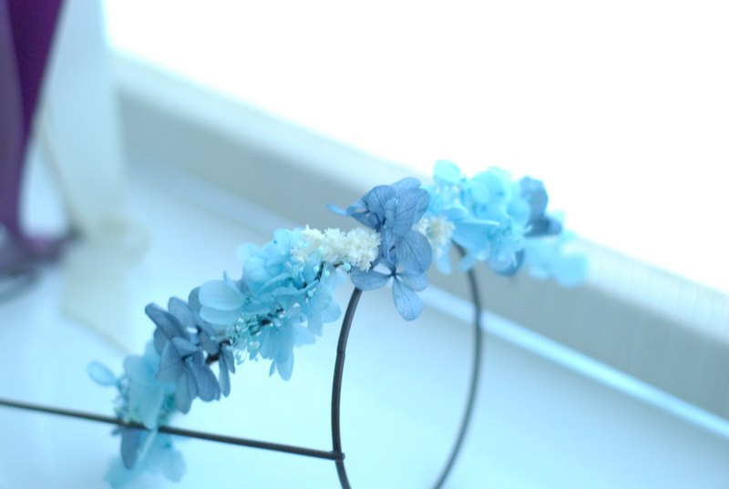 Not withered, light corolla, blue, eternal flower, bride, corolla, color, custom