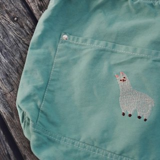Alpaca Embroidery - Canvas Crossbody Bag: Mint