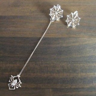 Spider's Web Pierce ★ spider web earrings