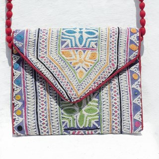 Limited edition handmade embroidery ancient cloth oblique bag / ethnic bag / side backpack / shoulder bag / handbag / embroidery bag - desert hand old embroidery embroidery embroidery embroidery