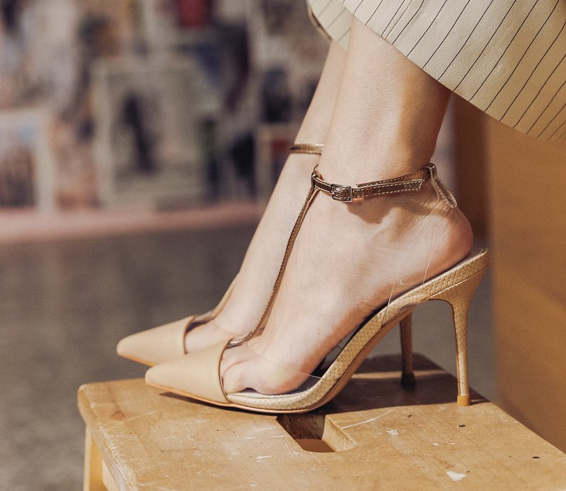 T-shaped transparent structure high heel sandals gold
