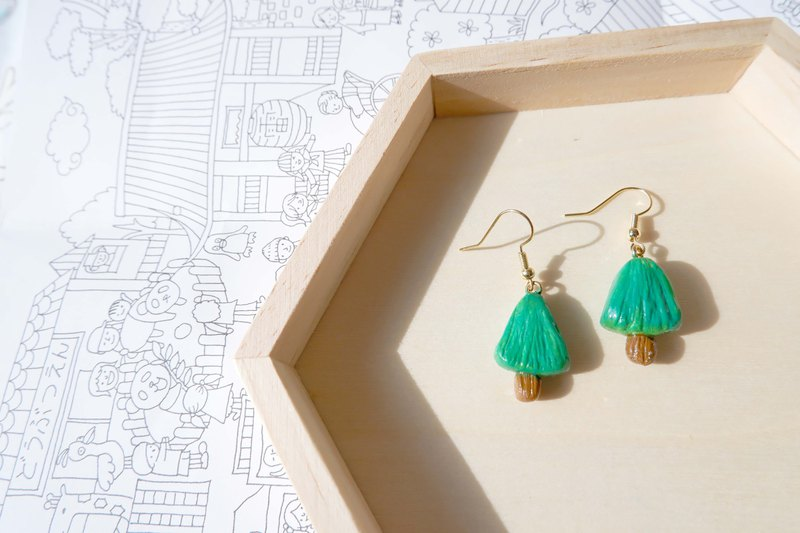 Small tree green oil forest earrings