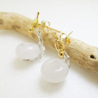 READ Dazzling Baby. Good night | White jade 925 sterling silver earrings