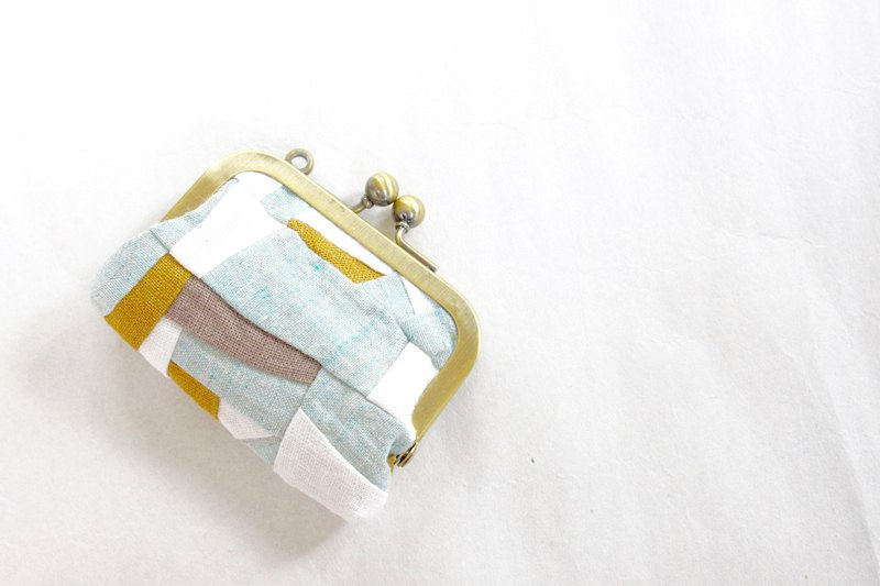 linen patchwork/ coin case