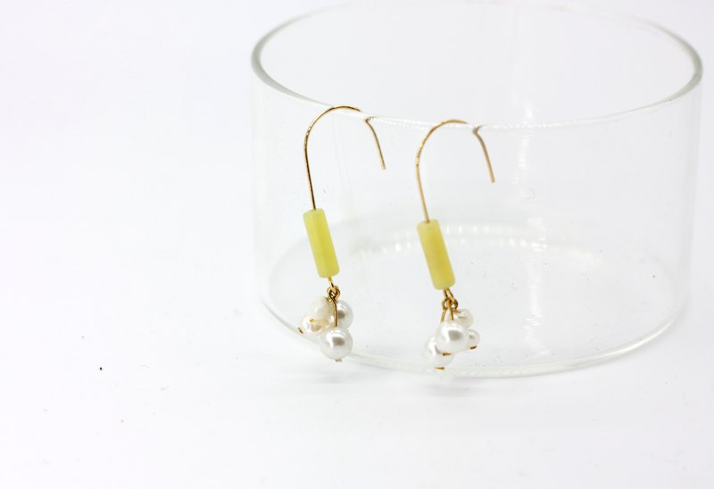 Lemon pearl earrings - 14k gold earrings