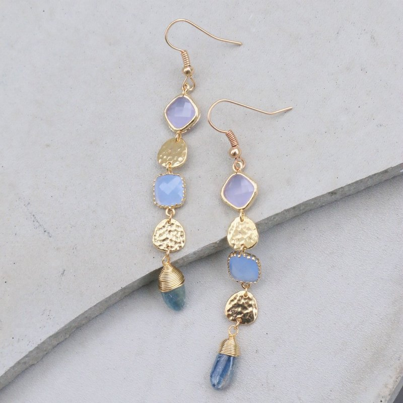 Zero yard toot good earrings crystal