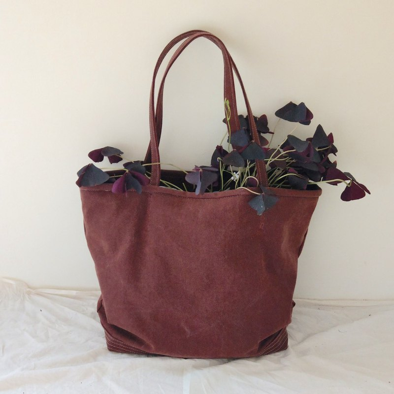 Heavy Duty Tote | 12onz. Waxed Canvas | Brick Red